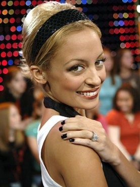 nicole richie, nail colours, celebrity