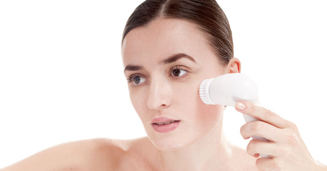 Face cleansing brushes including the Clarisonic