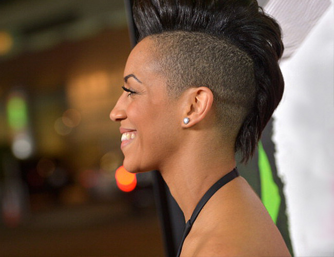 thnic_hairstyles_mohawk_article