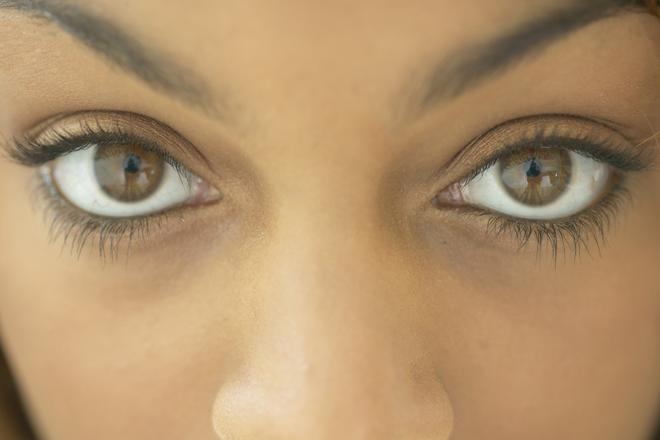 Make your eyes look bigger 1