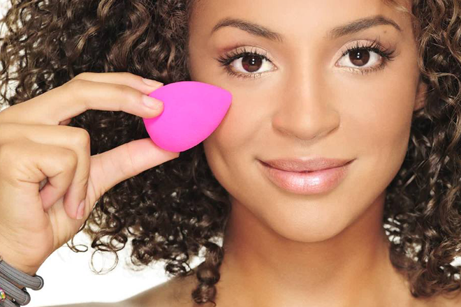 Use a beautyblender effectively 1