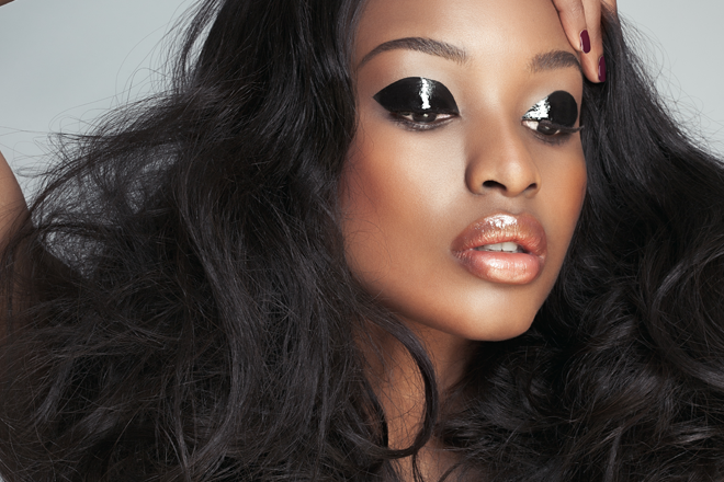 Trend to try: Glossy eyelids 1