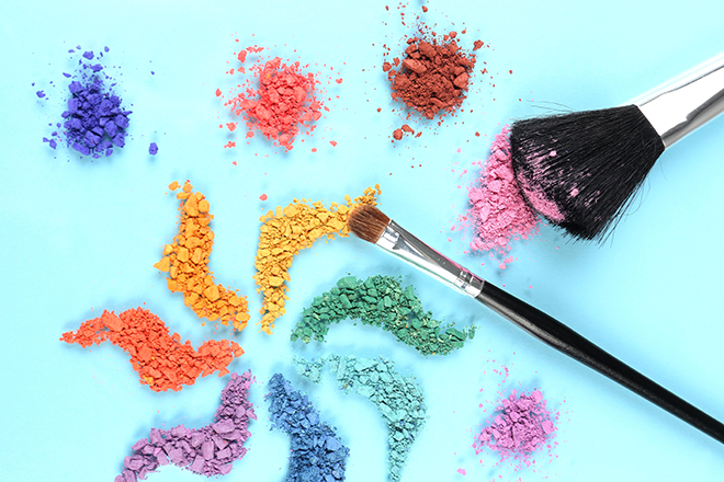 Use colour theory to pick the right make-up 1