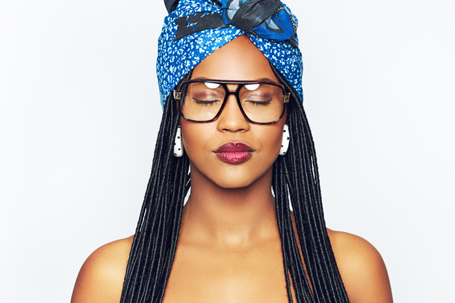 Make-up tips for beauties who wear glasses 1