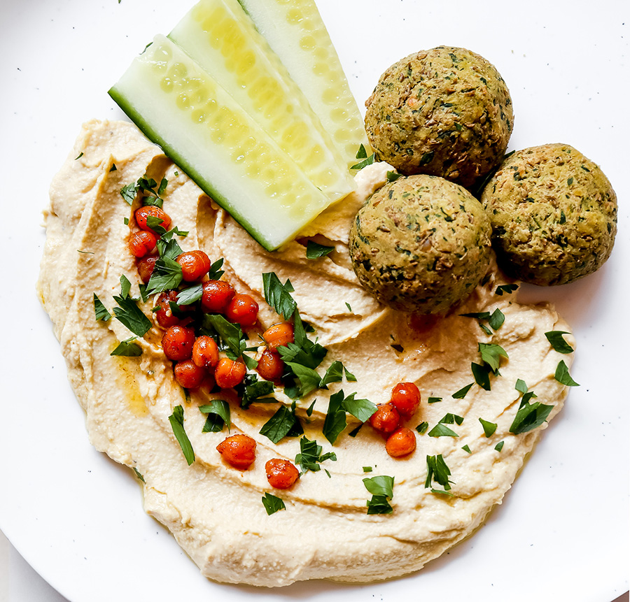 The best healthy hummus recipe you've ever tried plus win a recipe e-book! 2
