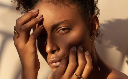 Everything you need to know about moisturising dry skin in winter