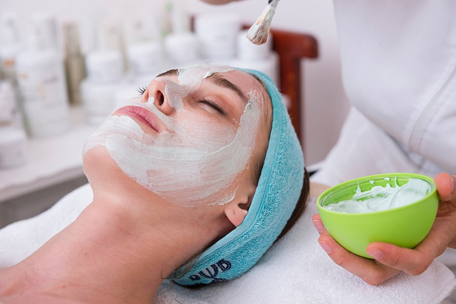 We review the Placecol Vitamin & Mineral Smoothie Facial 1